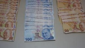 Mengende Sahte Para